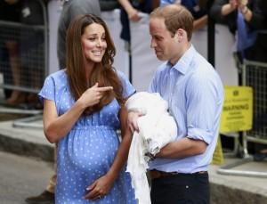 Новорожденного сына Кейт Миддлтон показали публике
