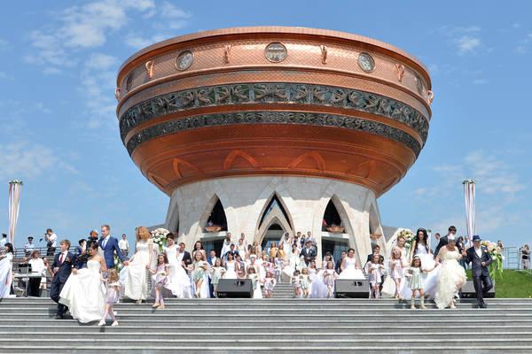 Церемония открытия Центра торжеств. Принимает участие Премьер-министр Республики Татарстан И.Ш.Халиков. Фото Ринат Сафин
