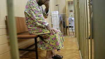 Водитель КамАЗа появился в суде в женском халате
