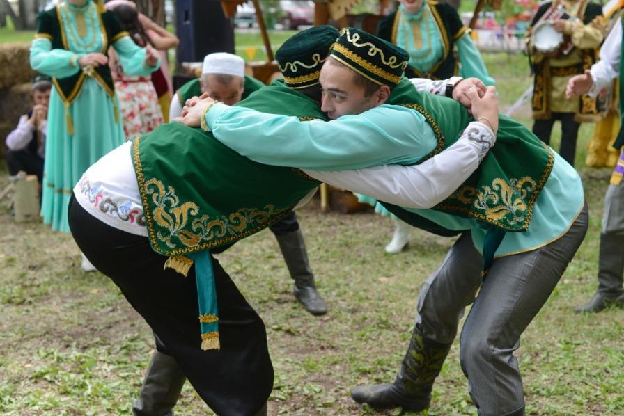 Традиционная национальная борьба «Куреш»